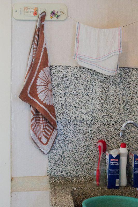 Jannie thuis keuken - Majella Fotografie